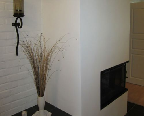 Teen myös erilaisia kuviotasoitetöitä ja esimerkiksi takkojen ja muurien pinnoituksia.